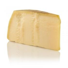 Grana Padano, pierwszej jakość, ser 16 – miesięczny, ok. 1 kg